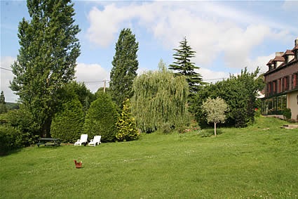 garden of the charming bed and breakfast la gentilhommiere de normandie near to the garden and house of claude monet in giverny in upper-normandy in france